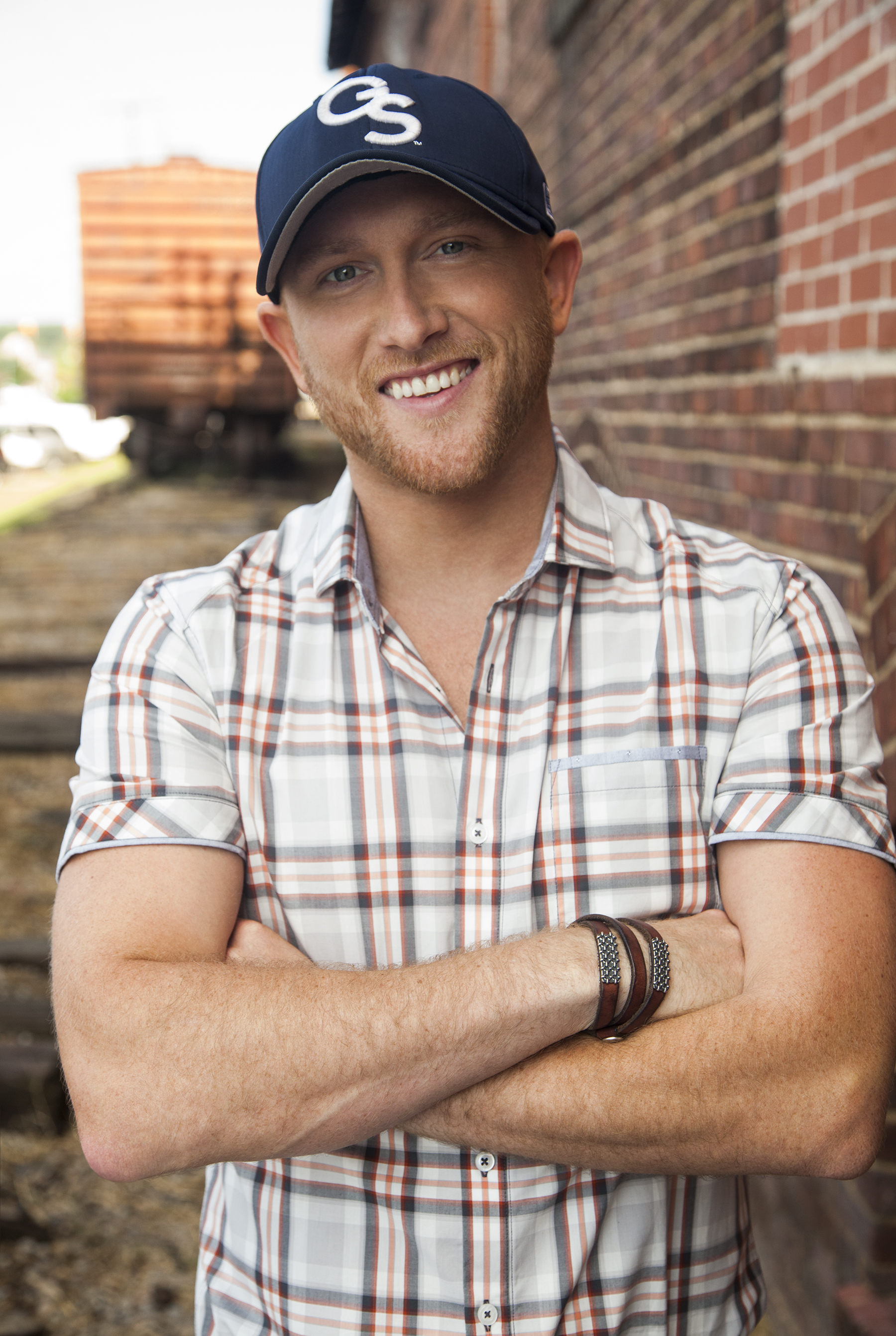Platinum Selling Country Music Artist Cole Swindell Makes a